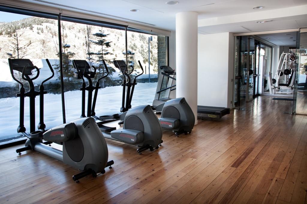 Fitness y entrenamientos de altura en soldeu andorra for Salon de fitness